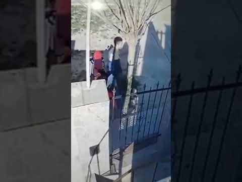 Un campeón de boxeo sale a buscar al ladrón de su moto en San Lorenzo
