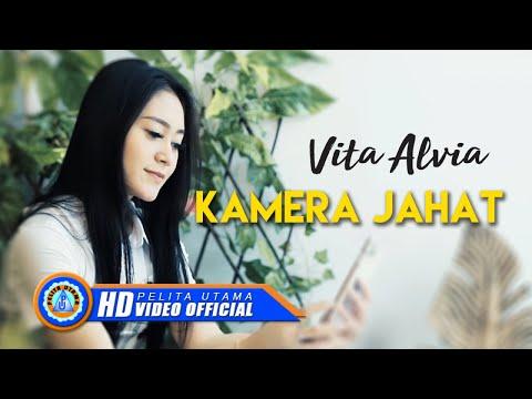 Vita Alvia – Kamera Jahat