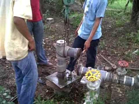 Extrayendo bomba sumergible de pozo de agua youtube - Bombas de agua ...