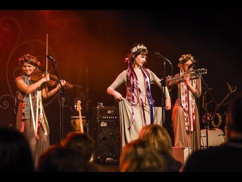 Vesna, Jelen & Patricie - live na koncertě v Berouně