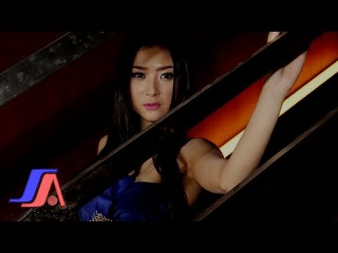 Gadis Bukan Perawan - Lynda Moymoy (Official Music Video)