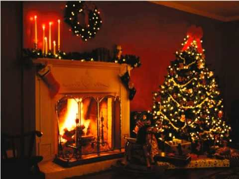 Nat King Cole - Chestnuts roasting on an open fire Mp3