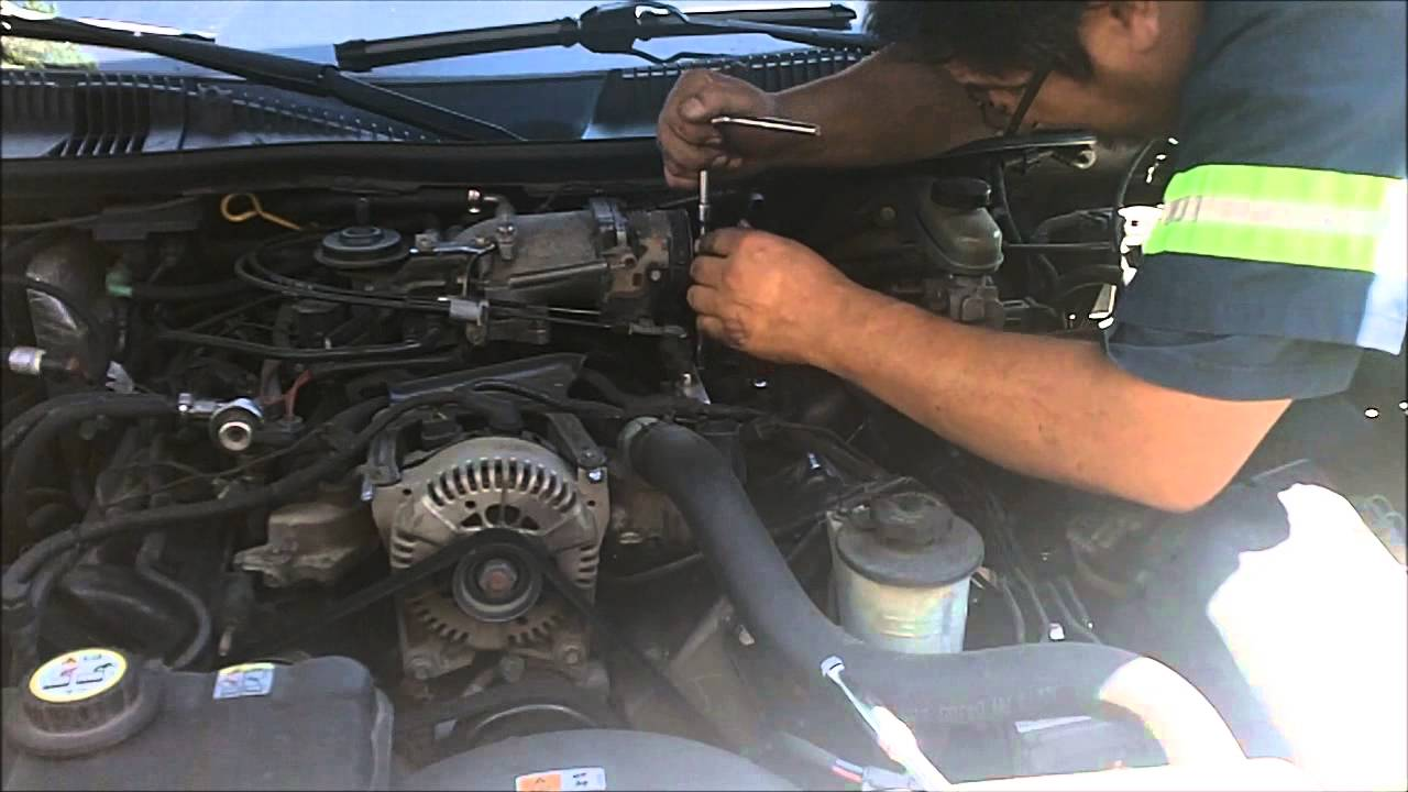 2002 Lincoln Town Car Wiring Diagram Tuning Wire Data Schema 1990 Schematic How To Remove And Install Spark Plugs On A 4 6l Rh Youtube Com Wheel Well Under Driver Side