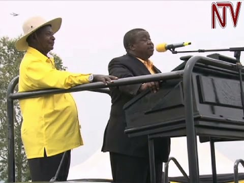 Otafiire ayambalidde Mbabazi ne Besigye