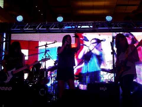 Lolas - No Me Gustas @ World Cyber Games Panama 2011