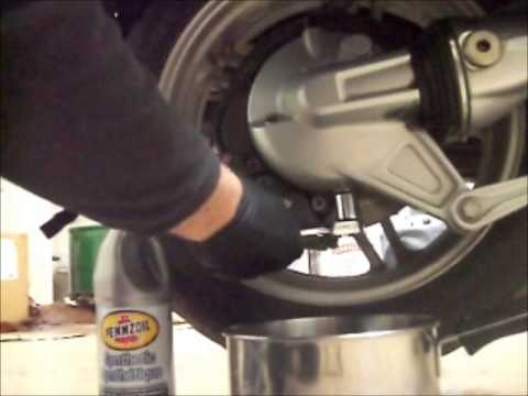Bmw K1200lt Final Drive Oil Change Youtube