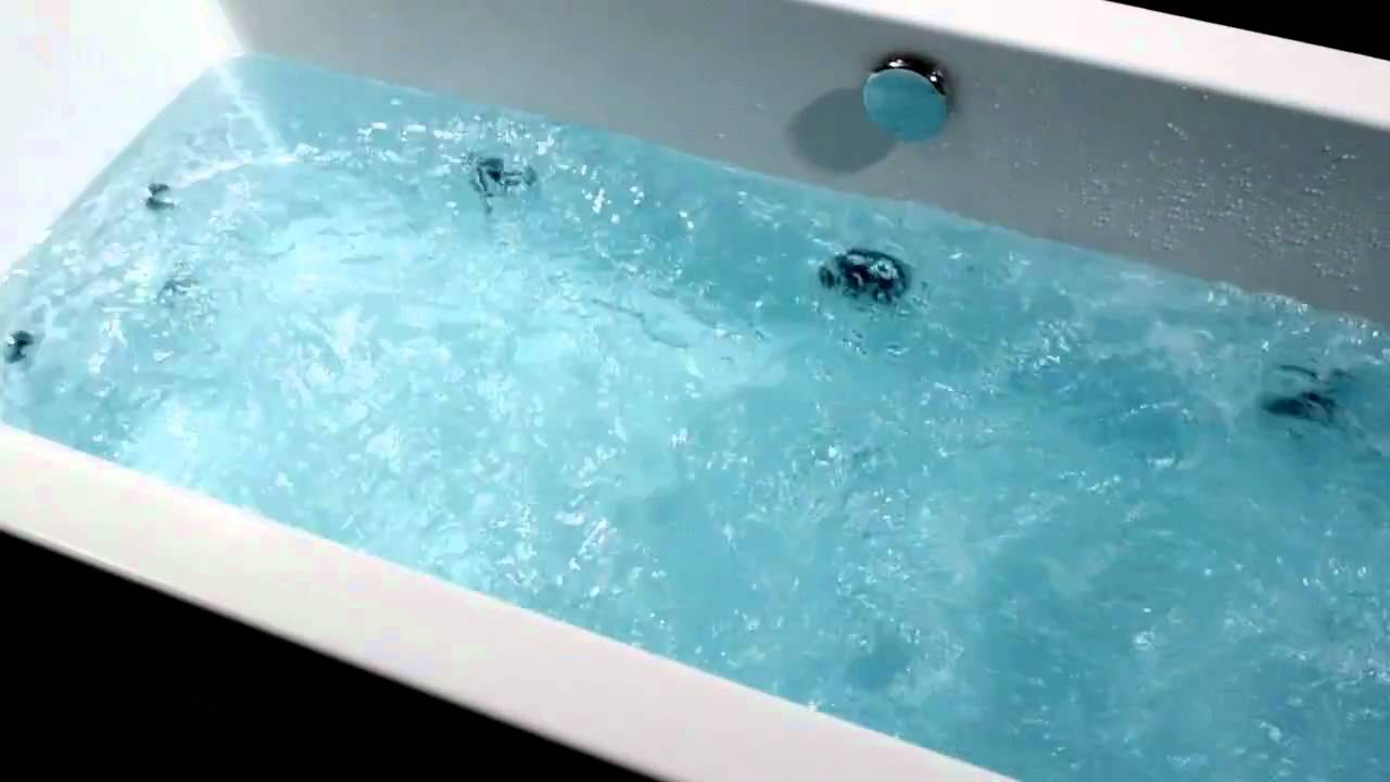 Aquaestil Plane 14 Jet Whirlpool Bath - YouTube