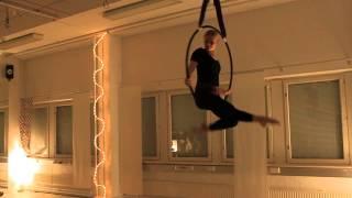Aerialist Pinja, Vertical Club pikkujoulut 2014 Pink Panther Aerial Hoop