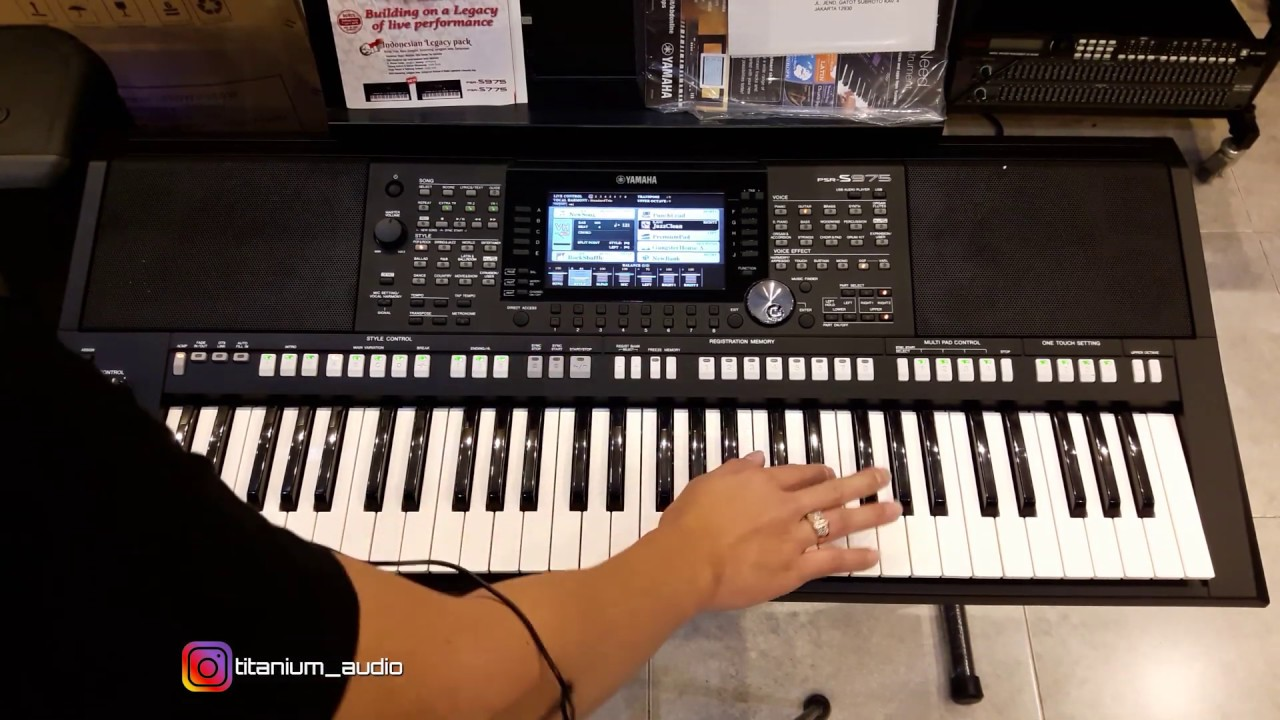 Review Keyboard Yamaha Psr 975 Youtube