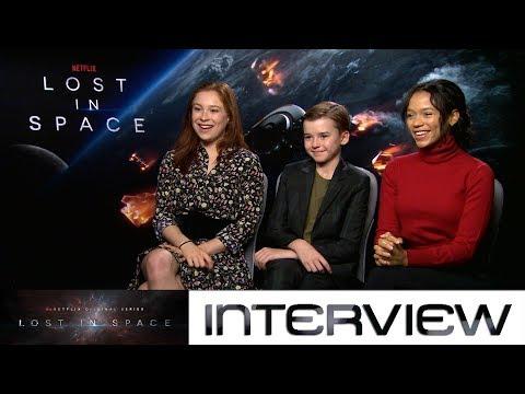Lost in Space:  mit Mina Sundwall, Maxwell Jenkins und Taylor Russell zum NetflixRevival