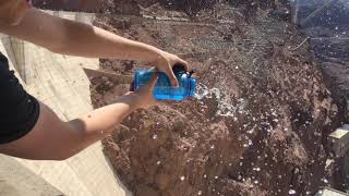 This is what happens when you pour water down the Hoover Dam