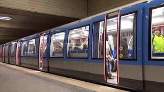 U-Bahn München - Züge der Linie 3 und 6 am Bahnhof Universität + Mitfahrt