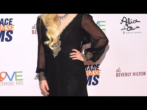 Avril Lavigne Teases New Music During First Red Carpet in 2 Years Following Lyme Disease