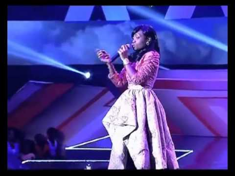 X FACTOR LIVE SHOW 8 - VICKY 1