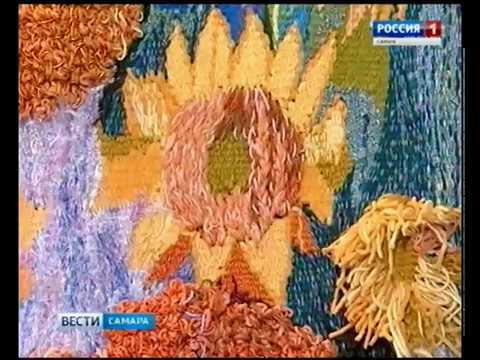 Живописные полотна и гобелены прекрасно дополняют друг друга на выставке самарской художницы