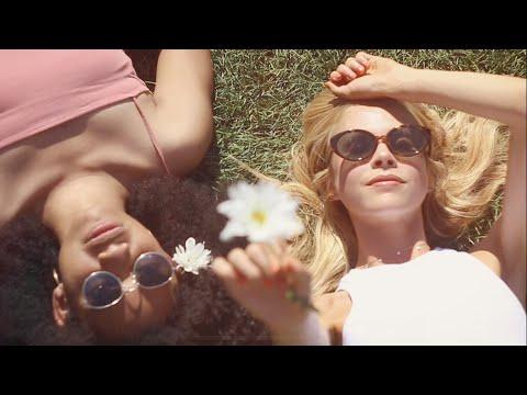 Смотреть клип Molly Kate Kestner X Ariza - Used To Be You