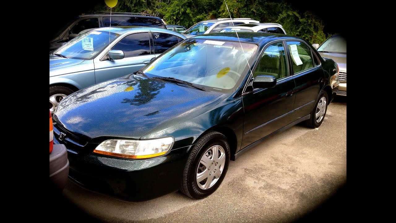 1998 Honda Accord LX 5MT Start Up, Quick Tour, & Rev With ...