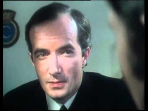 Clive Merrison Armchair Thriller Dead Man S Kit 1980