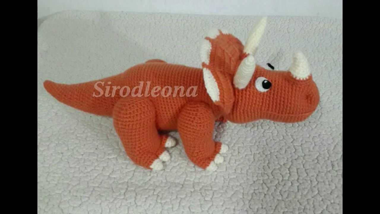 Dinosaurio Triceratops tejido a crochet - YouTube