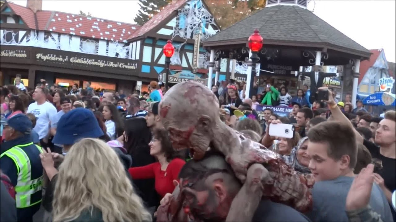 the awakening 6 flags new england 2015 fright fest youtube