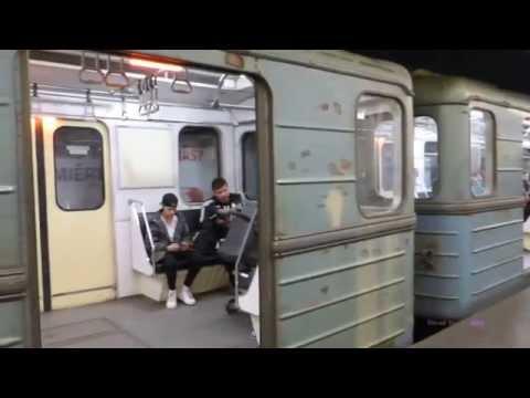Szovjet metró Budapesten - The Soviet Metro Line 3 in Budapest, Hungary - 2015