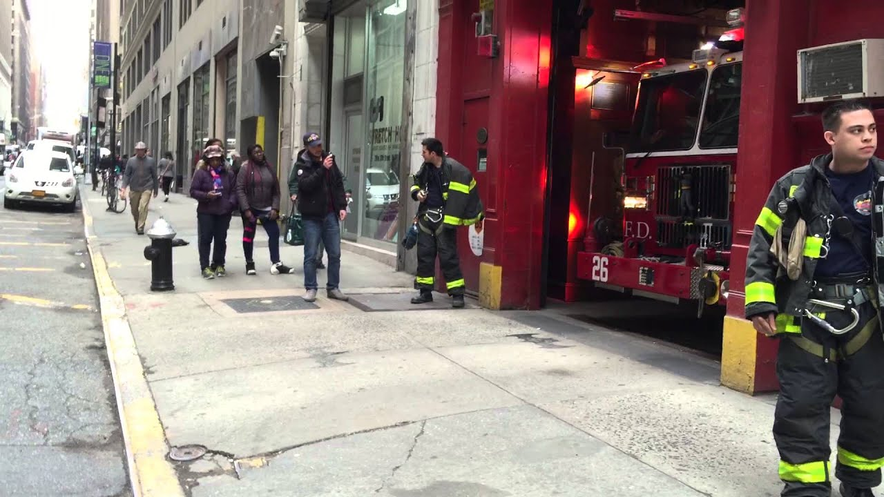rare catch of fdny engine 26 responding from inside firehouse on w