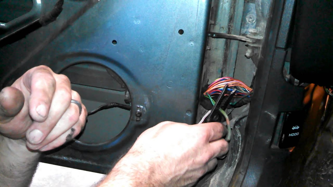 How To Fix Door Speakers On Jeep Cherokee Fixing Broken Wires In 1993 Sport Wiring Diagram Jamb Youtube