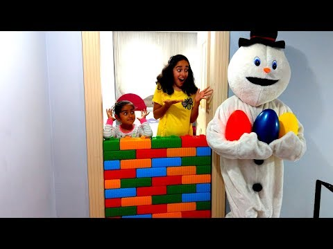 Esma and Asya Snowman toy wall Pretend play for kids video