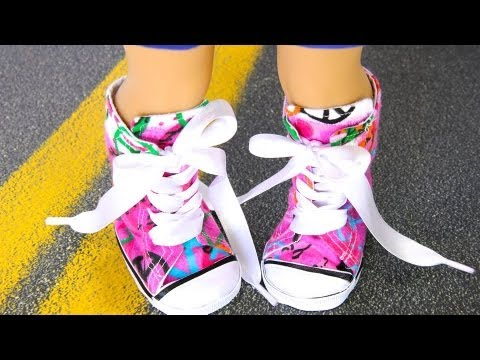 f3116d2e3ab619 How to Make Doll Shoes  18 inch Resize   Sneakers