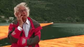 فنان إيطالي يبتكر طريقة تحاكي السير على الماء
