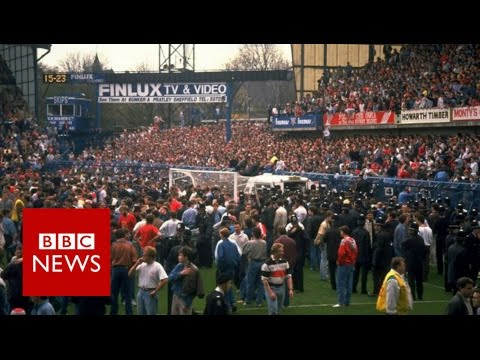 32 Pictures of the hillsborough disaster