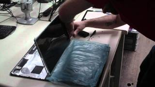 Laptop screen replacement for Toshiba Satellite L650.