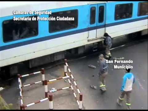 San Fernando   Cam Seg Choque Auto Tren   270814