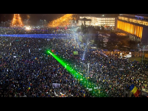 Anti-Government Protests Flood Streets in Romania