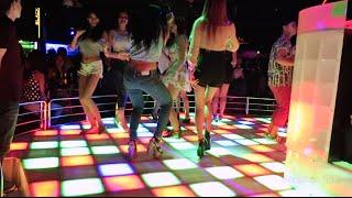 Climax Nightclub, Bangkok... FULL OF FREELANCERS!!! thumbnail