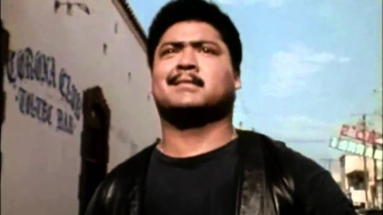 Download El Mariachi (1992) - HD Trailer