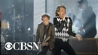Mick Jagger returns to the stage for Rolling Stones tour