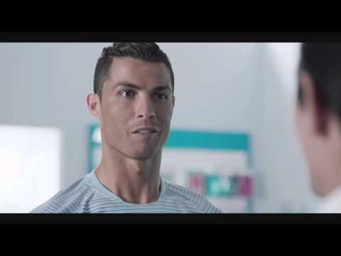Türk Telekom Ronaldo Reklamı - Ronaldo'yla Hızın Yeni Adı GİGA 4.5G Diyor