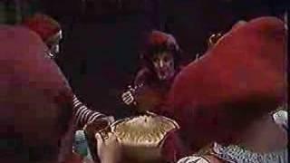 Nissebanden: risengrøds-sangen
