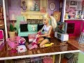 Barbie Bedroom Morning Routine! House Cleaning!!