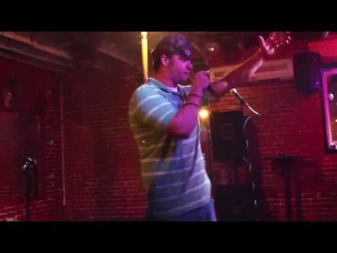 Redneck Karaoke - Ludacris - Move Bitch