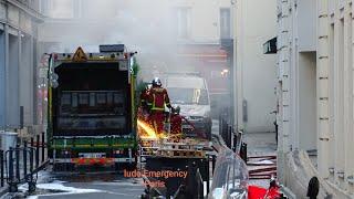 Pompiers de Paris incendie de Camion poubelle Paris Fire Dept on scene, garbage truck fire