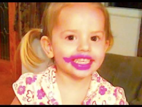 CRAZY LIPSTICK GIRL! - YouTube