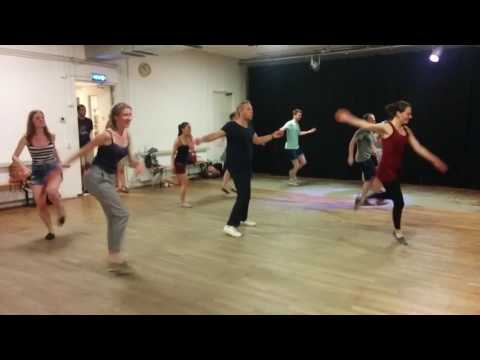 Summer class - short and intensive solo routine with Yara - group 2