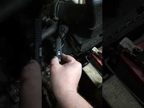 Проверка расходомера воздуха Ниссан контролькой автоэлектрика