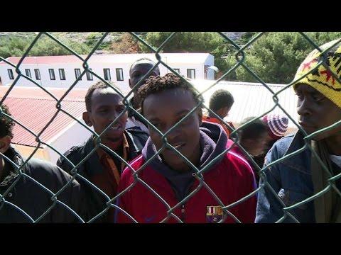 Lampedusa : le centre d'accueil des migrants débordé