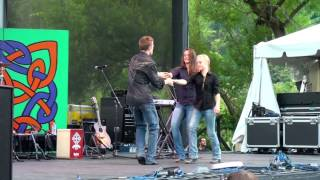 "The Willis Clan Dancing To ""100 Times Better "" 9/6/14"