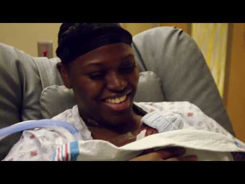 Mom Holds her Preterm Baby (1lb+) for the First Time