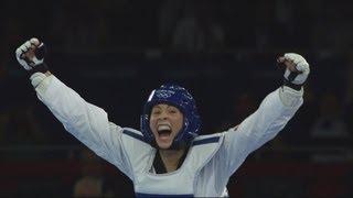 Jade Jones (GBR) Wins Taekwondo -67kg Gold v Hou Yuzhuo (CHN) - London 2012 Olympics