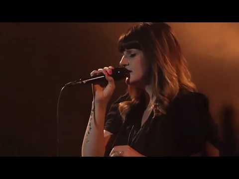 Amanda Cook - You Make Me Brave (Spontaneous Worship)